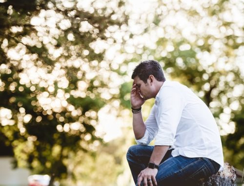 How to Spot the 5 Signs of Men's Midlife-Crisis Depression